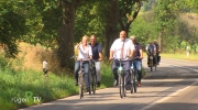 Minister auf Radtour