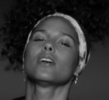 Alicia Keys bringt mit Here ihr sechstes Studio-Album raus