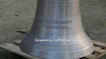 Neue Glocken für die Kirche in Graustein