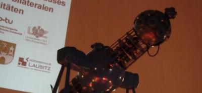 31. März: Lindenplatz Professoren hautnah DER URKNALL Experiment-Image