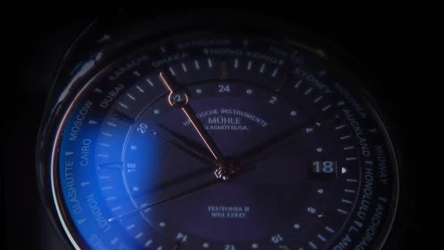 Schmuck & Uhren Fiedermann - Spot 1