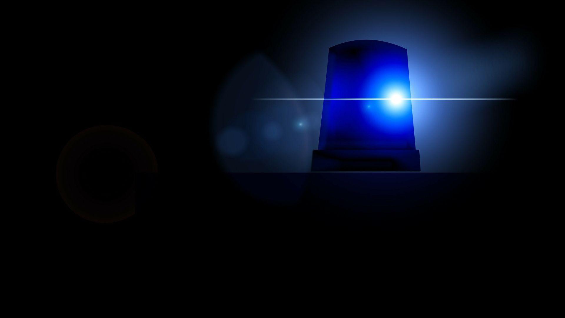 Zeugen gesucht: Gegenstände auf die Autobahn geworfen-Image
